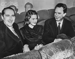 All seemed fine whe Rossellini, Bergman, and Lindstrom came together for the 1948 screening of the film. When Rossellini called upon the Lindstroms, Bergman put down a 30 foot red carpet before her house to welcome the director.