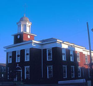 Built in 1838 ~  CC BY-SA 3.0 File:GRANVILLE COUNTY COURTHOUSE.jpg
