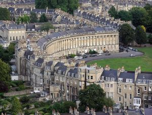 http://austenonly.com/ 2010/02/14/austenonly-northanger-abbey-season-the-crescent-bath/