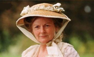 Brenda Blethyn as Mrs. Benent