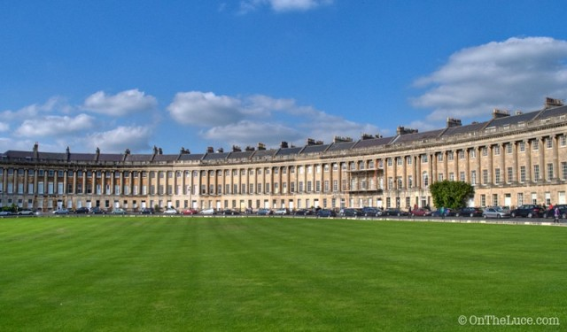 Top-10-things-to-do-in-Bath-Royal-Crescent
