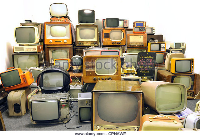 broadcast-television-collection-of-old-television-sets-of-the-50s-cpnawe.jpg