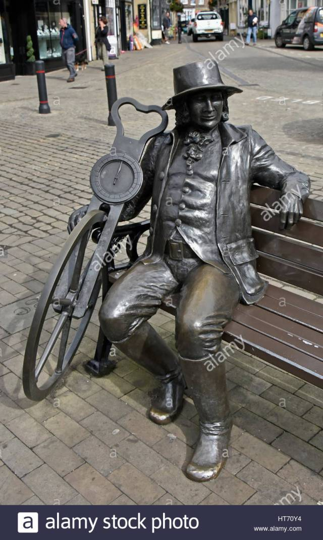 statue-of-john-blind-jack-metcalf-market-place-knaresborough-north-HT70Y4