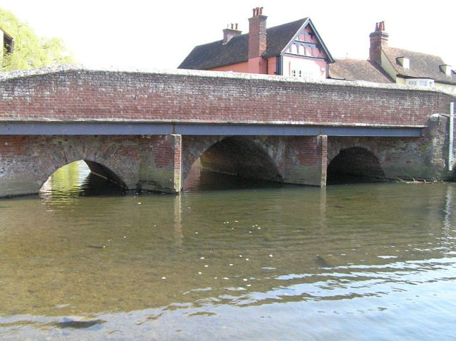 800px-Coggeshall-St_Stephens_Bridge
