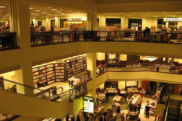 Barnes-and-Noble3
