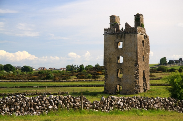 Castles_of_Connacht_-_Barnaderg,_Galway_-_geograph.org.uk_-_1953295